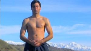 medytacja na tle gór QI Gong vs Astma