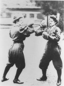 Women-Boxing-sparingi w Tai chi