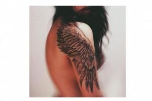 tatuaz_skrzydla_ptaka