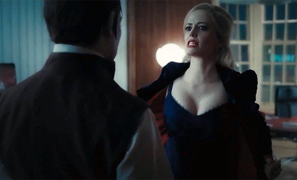 Eva Green shows her stuff in 'Dark Shadows'
