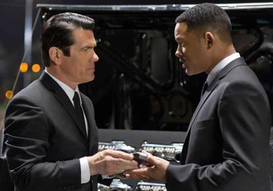 Josh Brolin and Will Smith in 'Men in Black 3'