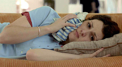 Melanie Lynskey in 'Hello, I Must Be Going'