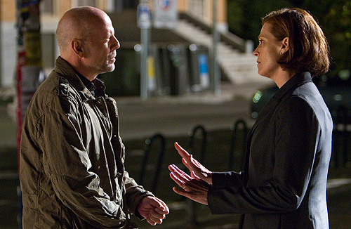 Bruce Willis meets up with Sigorney Weaver in 'The Cold Light of Day'