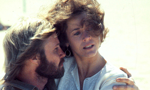 Jon Voight and Jane Fonda in 'Coming Home'