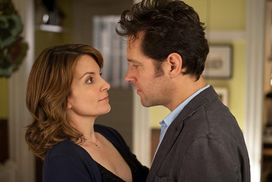 Tina Fey and Paul Rudd get romantic in 'Admission'