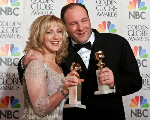 James Gandolfini and Edie Falco holding their Golden Globe awards