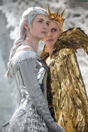 """(L to R) Queen Freya (EMILY BLUNT) and Queen Ravenna (Oscar® winner CHARLIZE THERON) in the story that came before Snow White: """"The Huntsman: Winter's War."""" Chris Hemsworth and Theron return to their roles from """"Snow White and the Huntsman,"""" joined by Blunt and Jessica Chastain."""