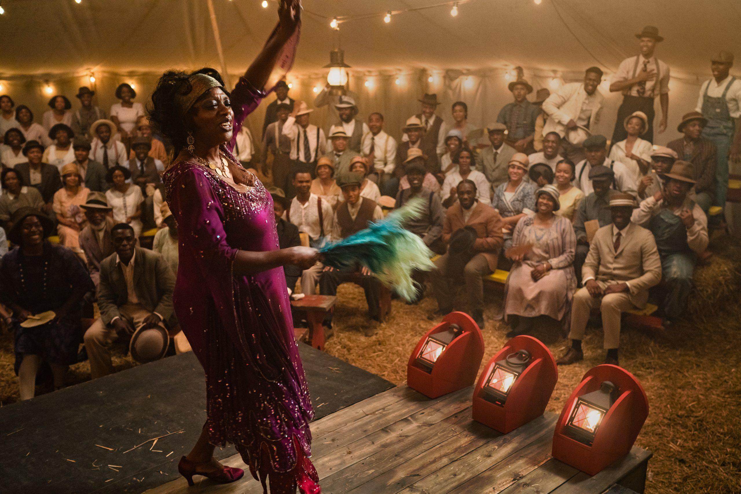 Viola Davis in 'Ma Rainey's Black Bottom' on Netflix. (David Lee / Netflix)