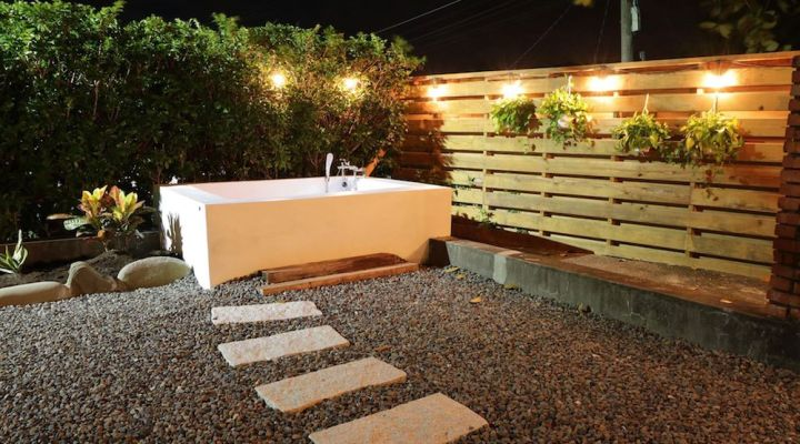Wild East Guesthouse Kenting Hot Tub