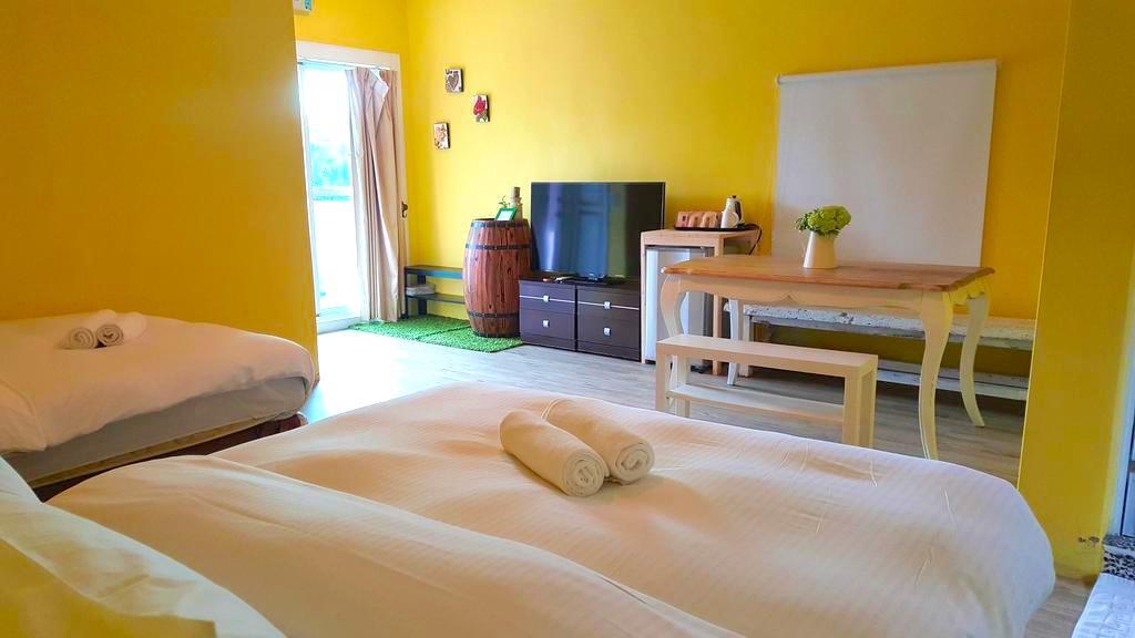 rooms at between us villa taiwan