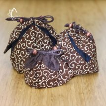Brown Cloud Swirl Pouches Group