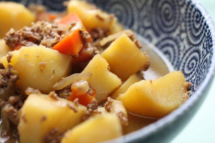 レシピ『絶品!! 超簡単 肉ジャガ』水なし・出汁なし・油なし