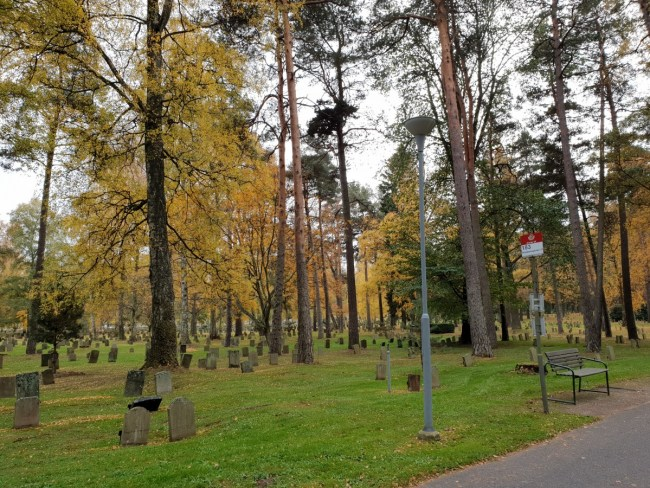 Bushalte in Skogskyrkogården