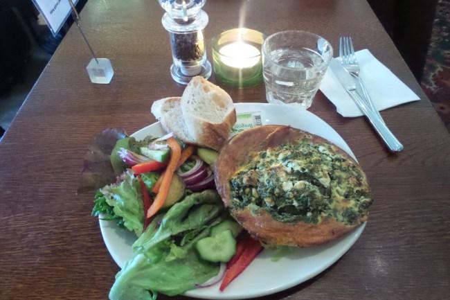 Lunch bij Café Rival Stockholm