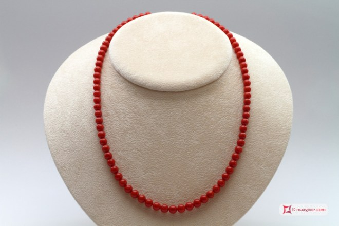 Extra Red Coral Necklace Dark Color round 5½-6mm in Gold 18K