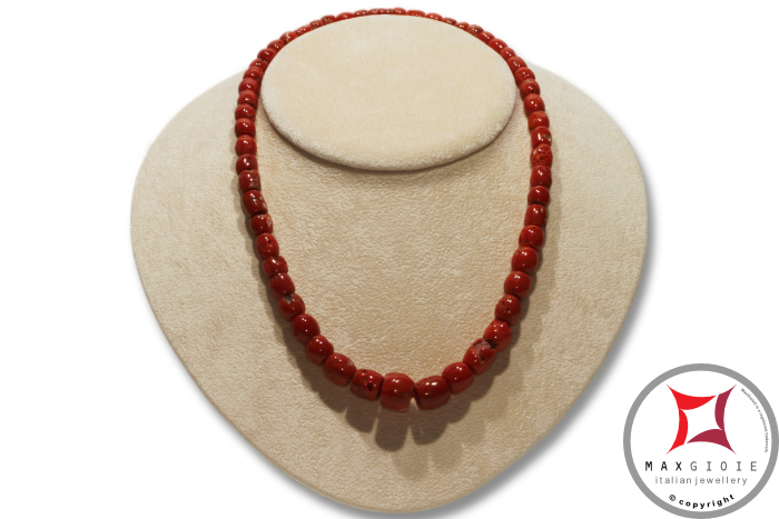 Mediterranean Red Coral Necklace barrel 5-11mm graduated in Gold 18K