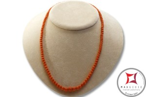 Extra Sciacca Coral Necklace round 3½-8mm graduated in Gold 18K
