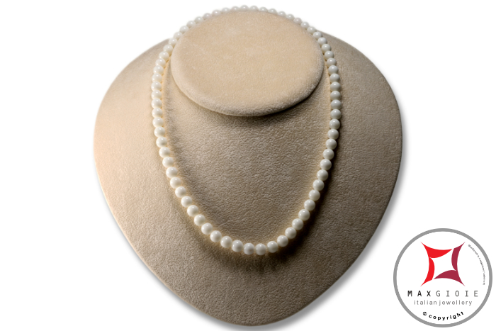 Extra White Coral Necklace 7½mm in Gold 18K