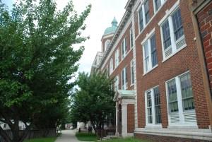 grad-school-building