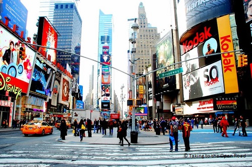 7 days in New York things to do in NYC Times Square takingtotheopenroad peggytee
