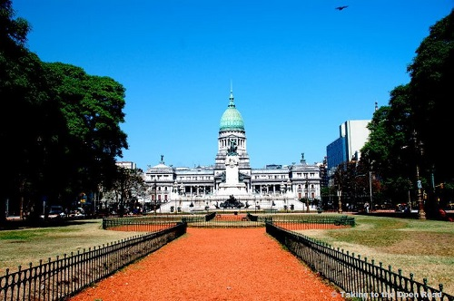 3-days-in-buenos-aires-congresso-takingtotheopenroad-peggytee
