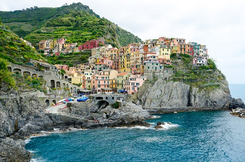 2-weeks-in-italy-cinque-terre-takingtotheopenroad-peggytee