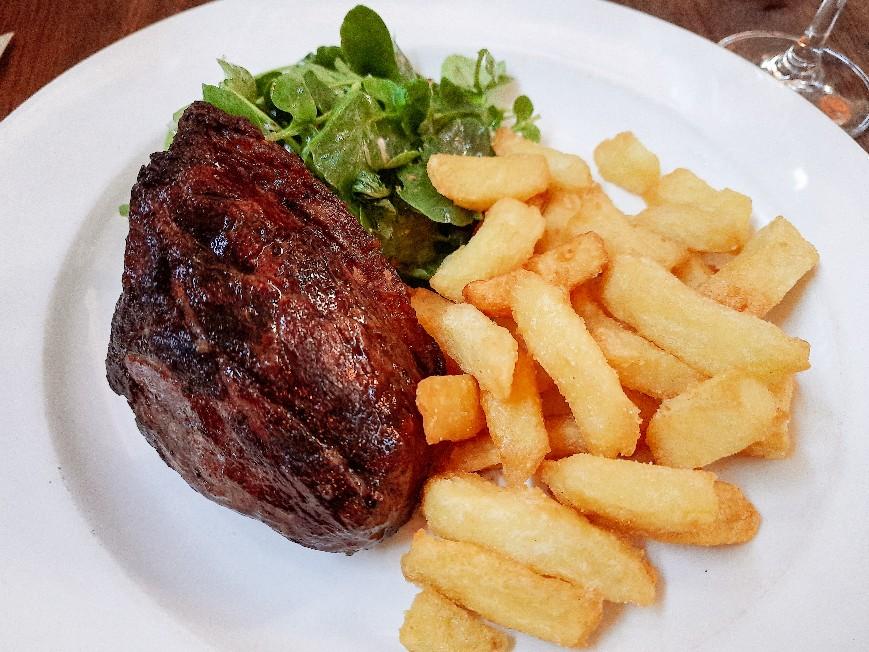 【おすすめレストラン紹介】イギリスの有名ステーキレストラン「Hawksmoor 」でガッツリ食べる