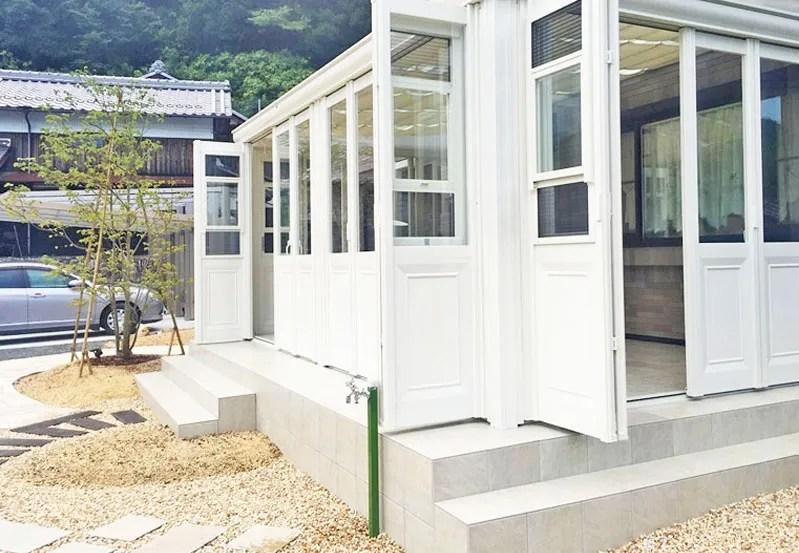ガーデンルームと立水栓