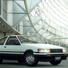 GT-Sport-Update-Aout-2019-Toyota-Corolla-Levin-3door-1600GT-APEX-AE86-83-001