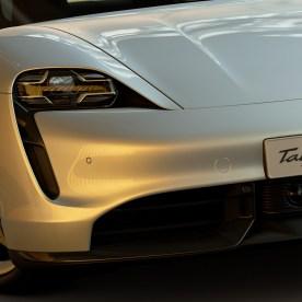 Gran-Turismo-Sport-Porsche-Taycan-Turbo-S-002