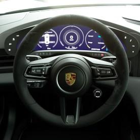 Gran-Turismo-Sport-Porsche-Taycan-Turbo-S-008