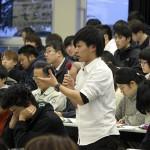 12 国際学部佐藤君も論議に参加
