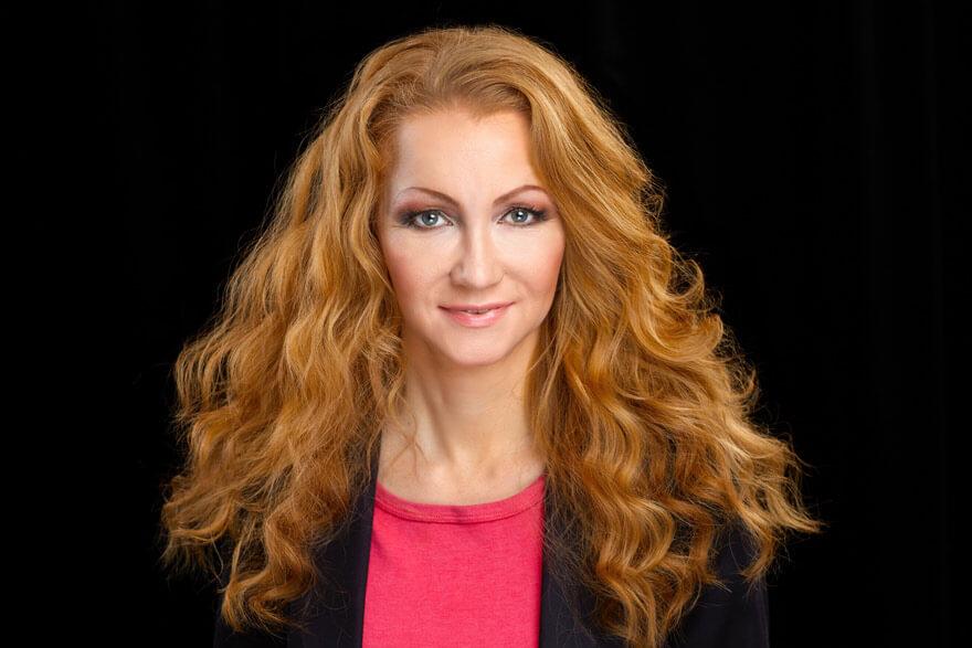 Angela Ahola - Föreläsning - Konsten att göra intryck
