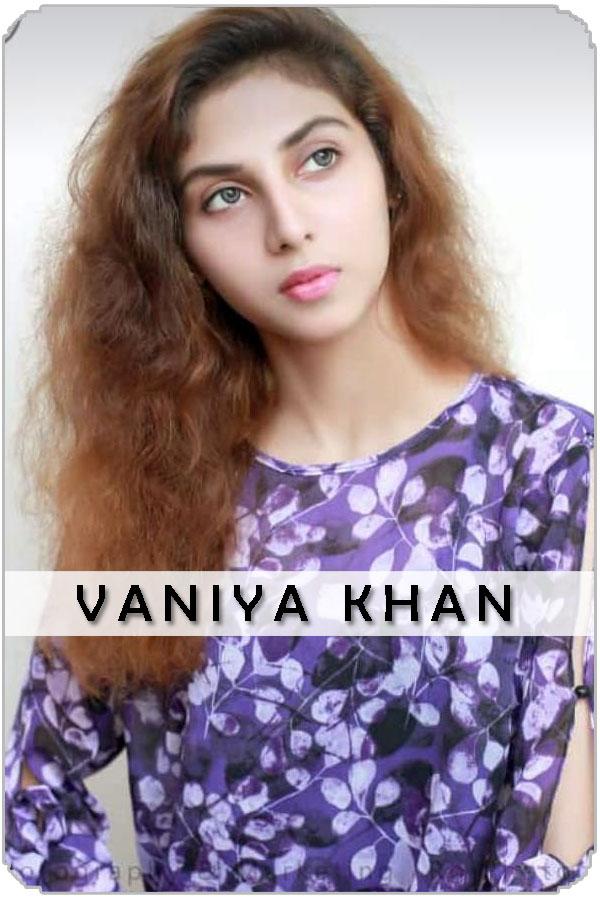 Pakistan Female Model vaniya khan