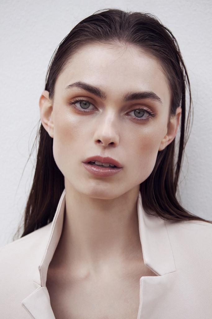Vanidad Fashion Woman – Naomi Gayoso