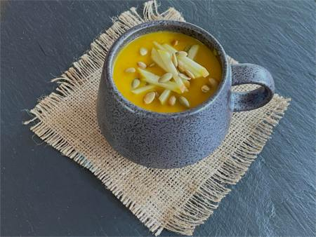 https://www.talesfromthekitchenshed.com | Spicy Roast Squash and Apple Soup| Sarah James