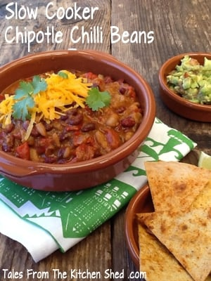 Slow Cooker Chipotle Chilli Beans is so delicious, the smokiness of the chipotle adds a beautiful depth of flavour. A perfect one pot meal!