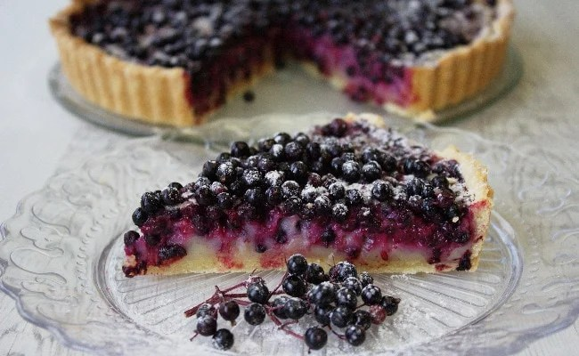 Elderberry Tart with Cassis