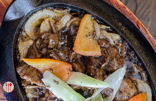 Chairman Wang's Black Pepper Beef on Iron Plate