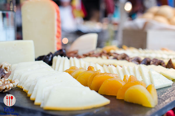 Corniche Diamond Hotel Spanish Cheese