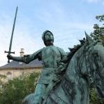 Reims. Estatua ecuestre de Juana de Arco, Place du Cardinal Luçon