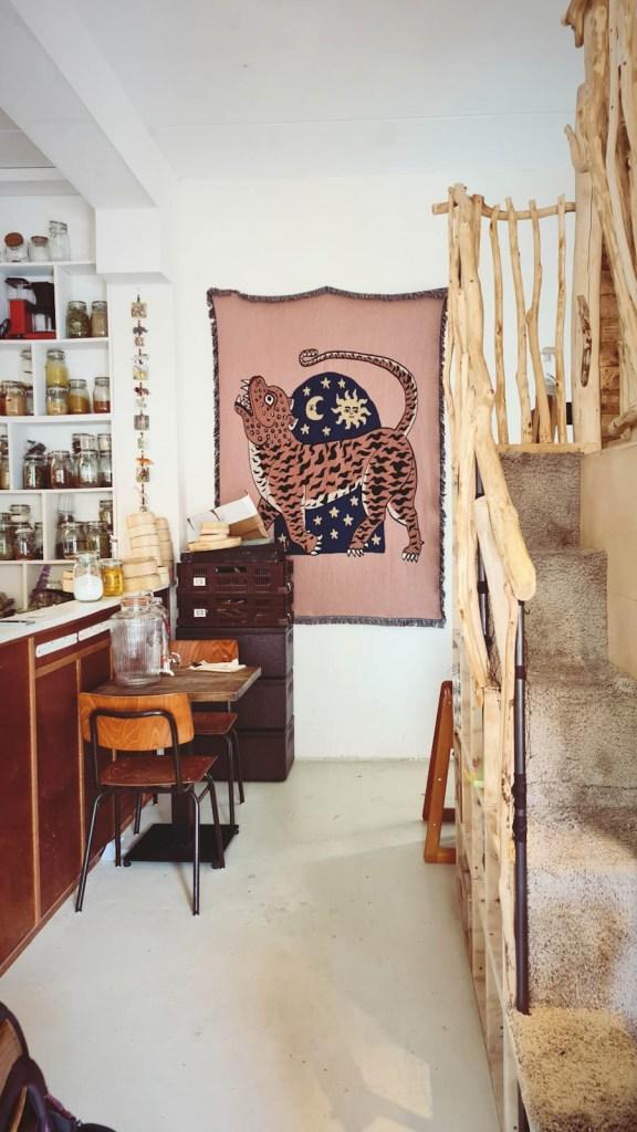 Tree house Jungle cafe