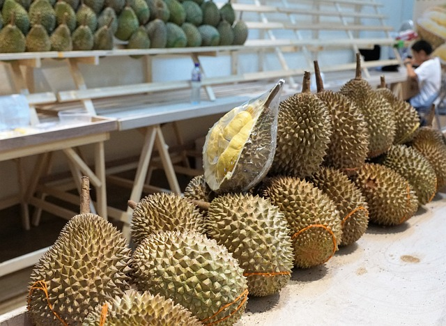 Durian, that smelly fruit I like