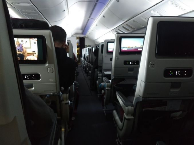 qatar ecnomy class long haul review-taletravels