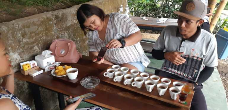 Bali COffee tasting luwak