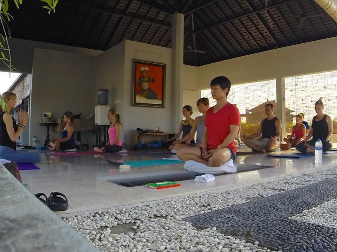 Yoga retreat Amed