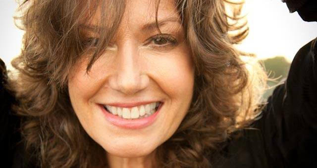 Event Preview: Amy Grant @ Mill Town Music Hall 5/2
