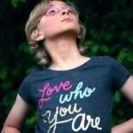 personal branding - love who you are (image: unsplash @ Sharon McCutcheon)