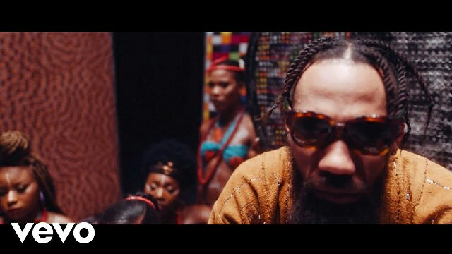 [Video] Phyno Ft. Flavour - Vibe