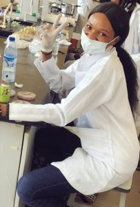 See the Nigerian lady that vowed never to leave lab until she finds cure for coronavirus